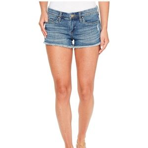 BLANKNYC Women's Little Queenie Denim Shorts 27
